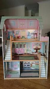 Dolls House..excellent condition West Busselton Busselton Area Preview