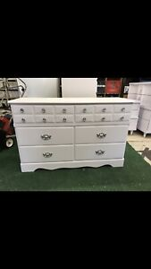 WHITE 6 DRAWER DOUBLE DRESSER