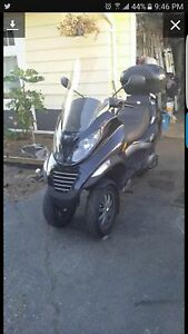 2007 Piaggio MP 3 250, priced to sell $2500