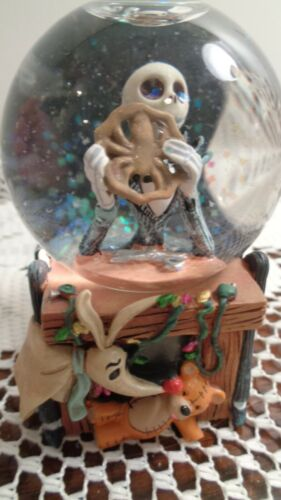 Disney Nightmare Before Christmas Jack Eating Spider Cookie Snowglobe Water NEW