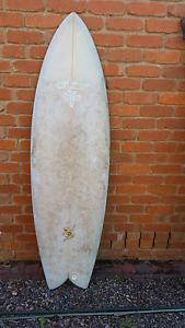 Surfboard 6.o x 20 1/2 x 2 1/2 Somers Mornington Peninsula Preview