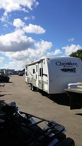 2007 Cherokee 29ft bunk house bumper tow camper