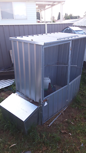 3 laying chickens and coop Colyton Penrith Area Preview