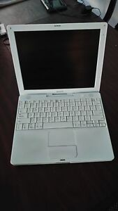 iBook G4 - fair working condition