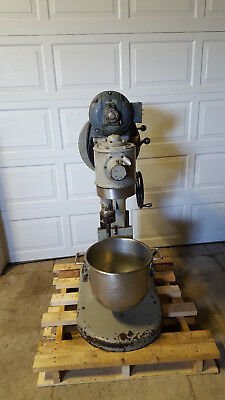 Hobart S-301 3 Speed Dough Mixer 30 Qt Paddle Bowl Hook Tested 230v 12 Hp