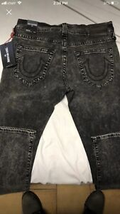 Rare True religion jeans for men. Size 32. Only $130!!!