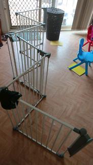 Large baby gate/playpen