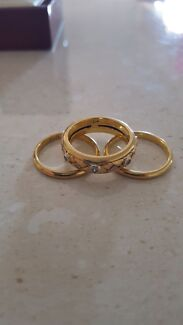 18 ct Gold wedding band set Tenterfield Tenterfield Area Preview