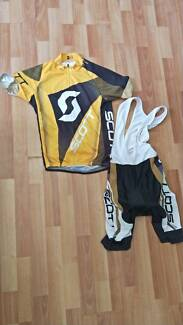 Assorted cycling gear