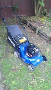 "Victa Vantage 4 stroke 16"" lawn mower Castle Hill The Hills District Preview"