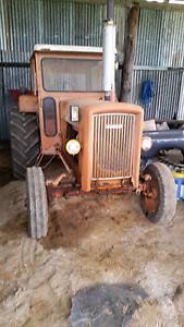 Chamberlain 306 tractor. Good honest order. Cab, no ac, no doors. West Tamworth Tamworth City Preview