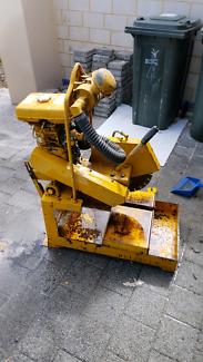 Brick saw - Chromlins petrol $600