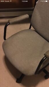 Office swivel chair very good condition