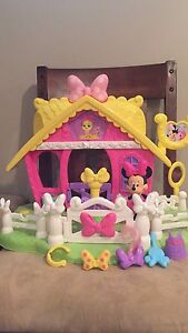 Disney's Mini Mouse set