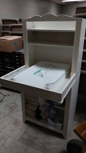 Great condition Ikea change table