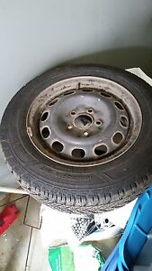 195/65r15 Goodyear ultra grip studded winter tires
