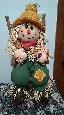 ANIMATED SCARECROW IN ROCKING CHAIR 17 INCHES TALL](Animated Halloween Rocking Chair)