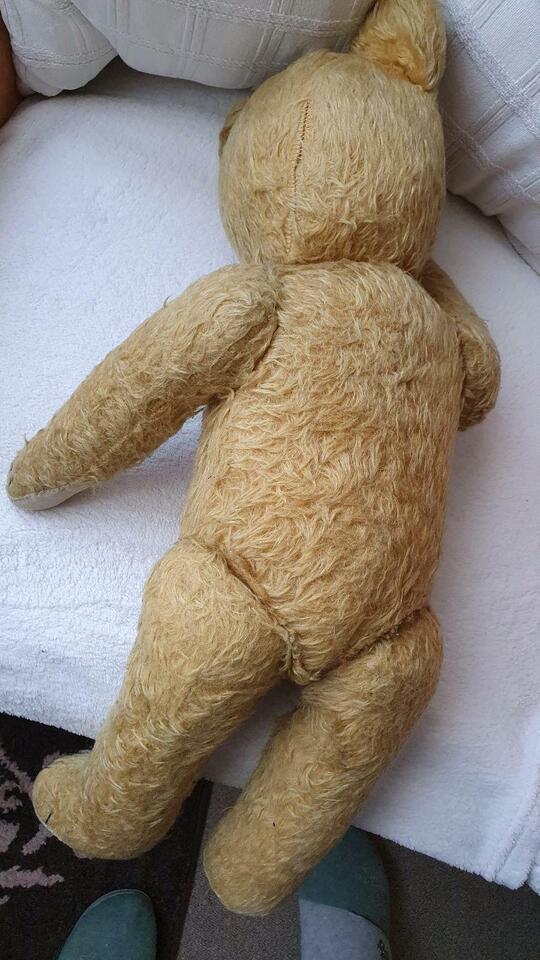 Alter Teddybär,mit holzwolle gefüllt u.Brummstimme in Klingenthal