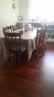 6 seater dining set.For immediate sale.Pick up only.  Leabrook Burnside Area Preview