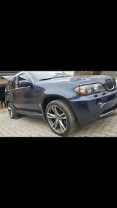 CLEAN BMW X5 AWD V8 *NEEDS ALTERNATOR*