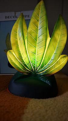 Cannabis Lampe Elektrische Tischlampe Cannabis Marihuana Hanf Pflanze 230V *OVP*