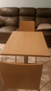 Dinning table and chairs Penrith Penrith Area Preview