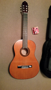 Valencia Acoustic Guitar TC14 with padded bag and tuner as new Nuriootpa Barossa Area Preview