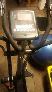 Infiniti st1200 cross trainer plus free rower Moorebank Liverpool Area Preview