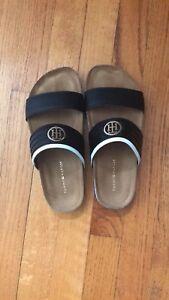 Sandale tommy Hilfiger taille 6