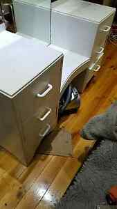 Dressing table. 6 draws and twin floding mirrors Keswick West Torrens Area Preview