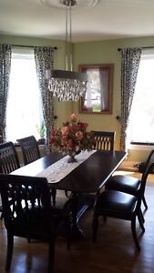 Dinning Room Table with Matching Hutch