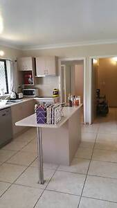 2 bedroom unit for rent, walking distance to CBD and the strand North Ward Townsville City Preview