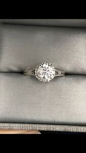 Gorgeous F colour one carat Center stone halo ring