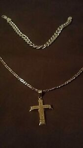 18ct gold chain and pendent + silver bracelet cheap Quinns Rocks Wanneroo Area Preview