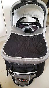 Valco baby bassinet Cloverdale Belmont Area Preview