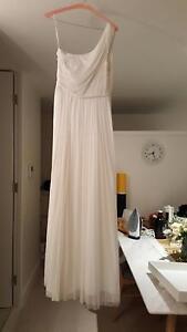 Lisa Ho Empire Reception One-Shoulder Dress Size 8 Erskineville Inner Sydney Preview