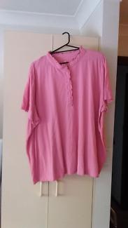 Women's plus size t-shirt