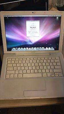 Apple MacBook 2,1 Intel Core 2 Duo 2.16GHZ 1 GB 80GB HDD Snow Leopard 10.6.8