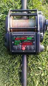 Miya Epoch 900 Electric fishing reel with game rod Rossmore Liverpool Area Preview