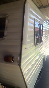 URGENT SALE BEAUTIFULLY RENOVATED CARAVAN Two Wells Mallala Area Preview
