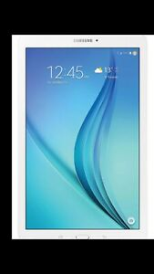 SAMSUNG MINI TABLET    8 inch white.  80 $.     firm price.