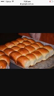 Wanted: Looking to buy buns from a baker - large quantity
