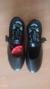 Brand new shoes size 11 Parramatta Parramatta Area Preview