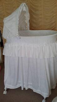 Baby bassinet and linen Deception Bay Caboolture Area Preview