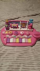 Toy keyboard/ piano Dernancourt Tea Tree Gully Area Preview