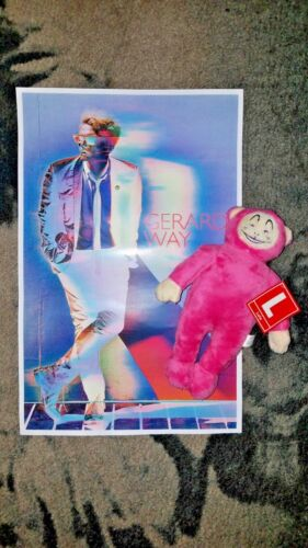 """Gerard Way SDCC 2017 Exclusive 11""""x17"""" Poster + LOLA Plush doll ONLY 1200 made!!"""