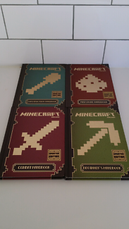 Minecraft - 4 Hardcover Manuals