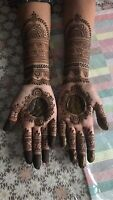 Henna great experience. I can travel