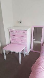 Girls Pink Dresser table and mirror Albert Park Port Phillip Preview