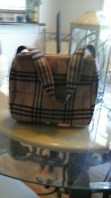 Vintage BURBERRY zippered wool shoulder bag, made in England beige plaid